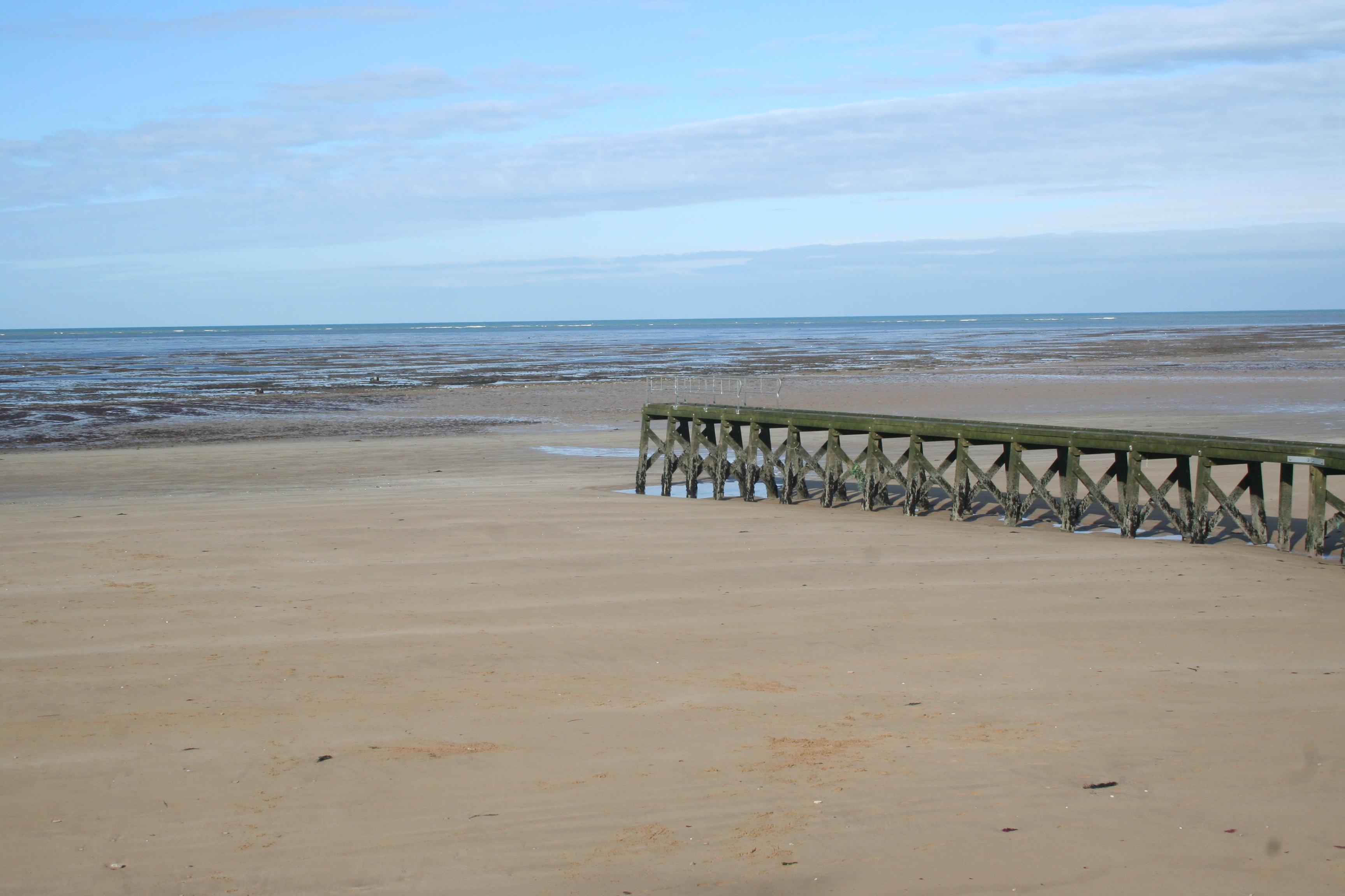 Grandcamp Maisy - la plage et l'épi